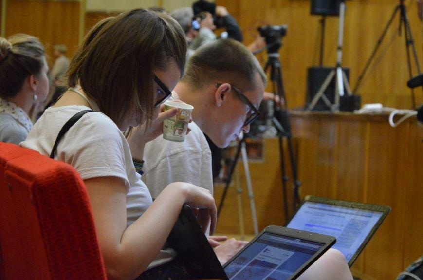 В Мариуполь съехались журналисты со всей Украины (ФОТО), фото-2