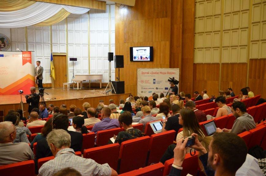 В Мариуполь съехались журналисты со всей Украины (ФОТО), фото-9