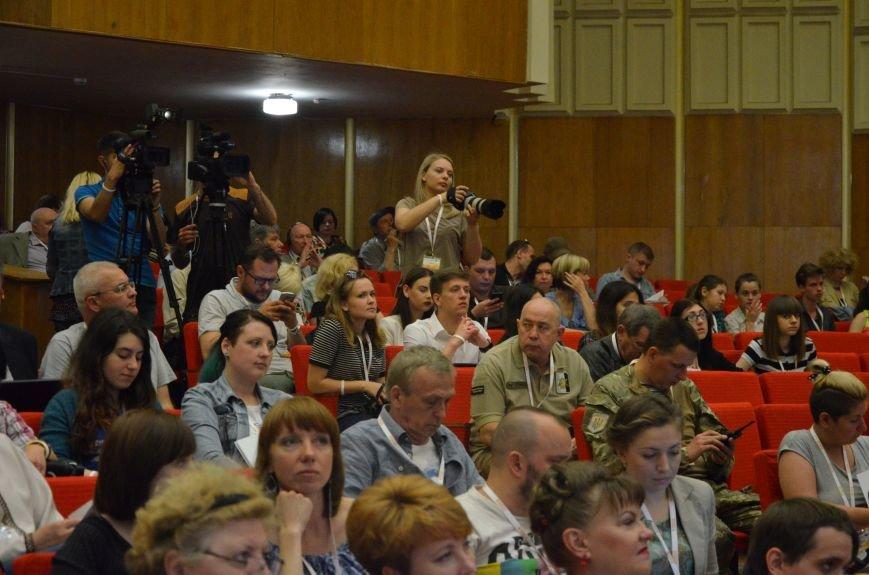 В Мариуполь съехались журналисты со всей Украины (ФОТО), фото-6
