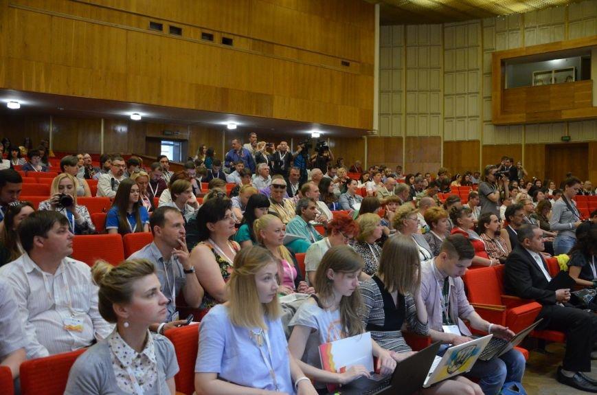 В Мариуполь съехались журналисты со всей Украины (ФОТО), фото-4