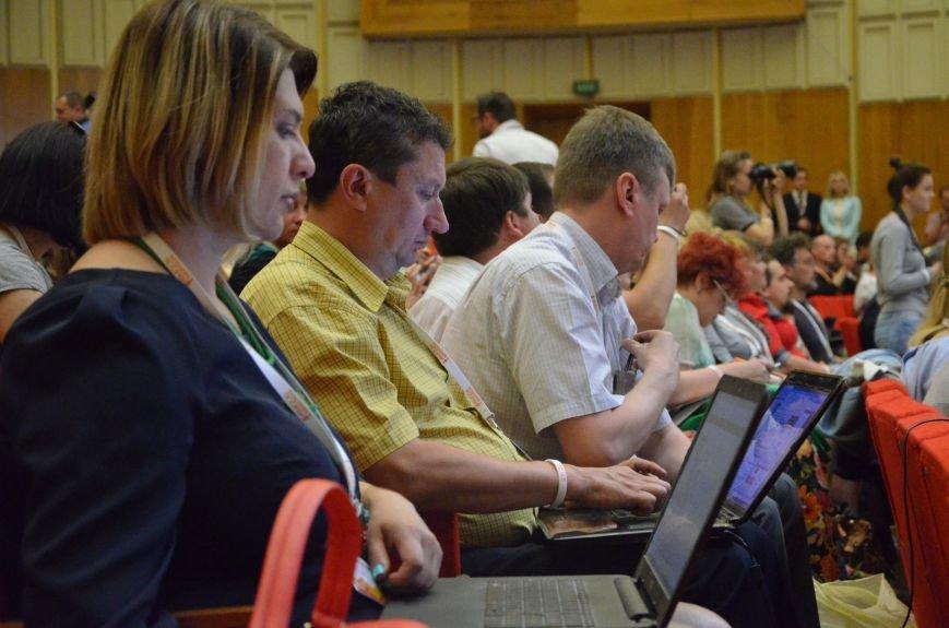 В Мариуполь съехались журналисты со всей Украины (ФОТО), фото-3