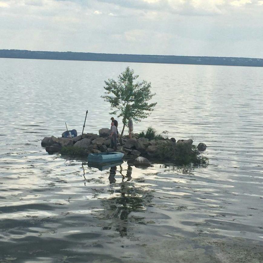 На Левобережной набережной Каменского начали восстанавливать фонтан, фото-1