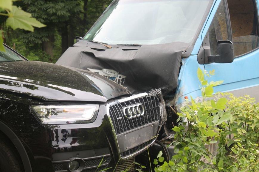 На набережній в Ужгороді аварія з потерпілою: фото, фото-4
