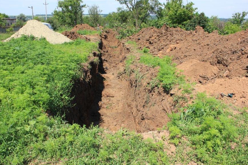 Жителей Бахмута просят отнестись с пониманием к проблеме водоснабжения, фото-3