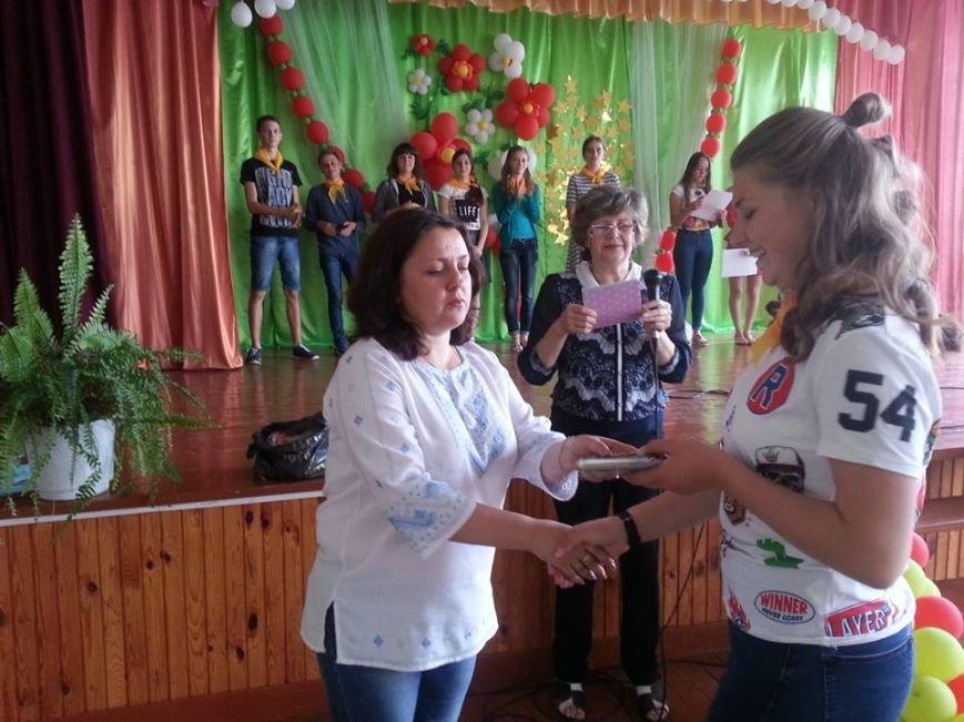 У Новограді-Волинському відбулося офіційне закриття мовного табору в спеціалізованій школі №4, фото-3