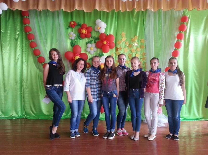 У Новограді-Волинському відбулося офіційне закриття мовного табору в спеціалізованій школі №4, фото-5
