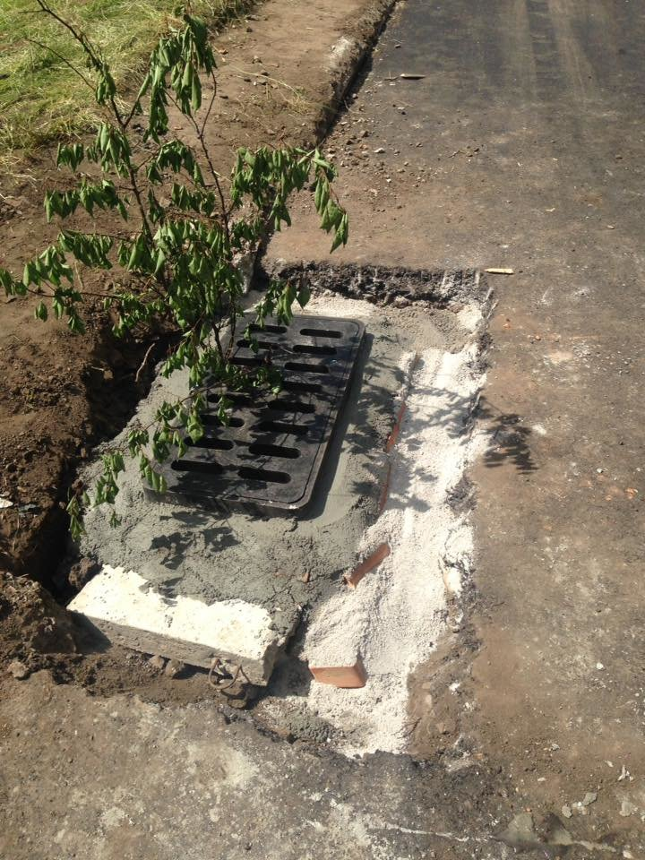 В Кривом Роге под полутораметровым слоем земли нашлись ливневки (ФОТО), фото-9