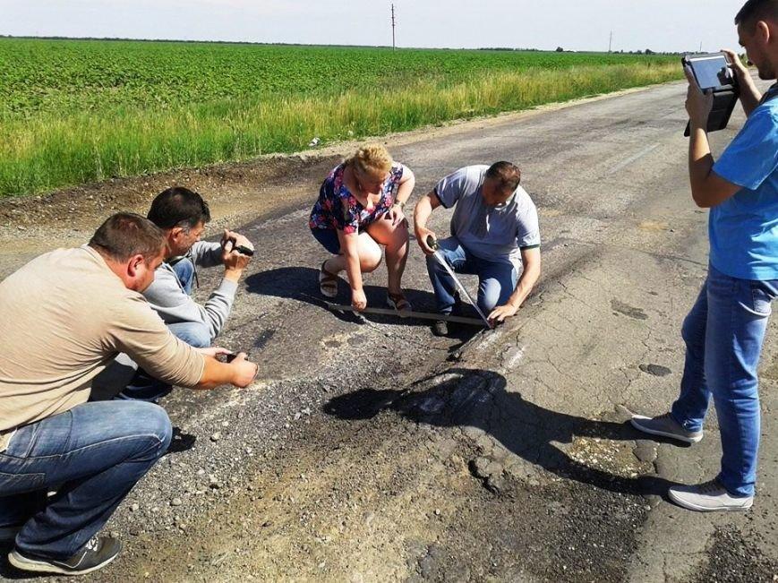 После Берислава полный капец и отсутствие дороги: херсонские активисты проехались по областной трассе (фото), фото-2