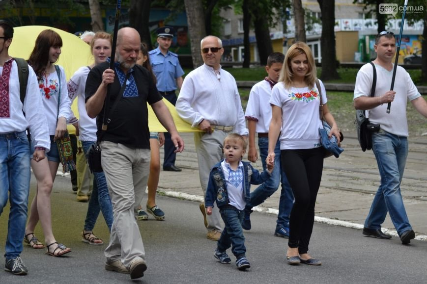 Жители Каменского провели марш за сохранение названия города, фото-7