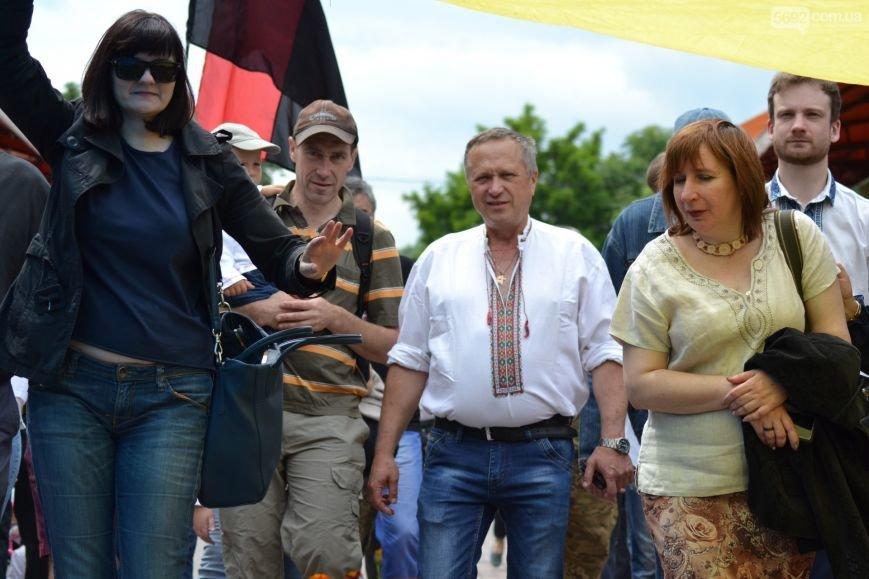 Жители Каменского провели марш за сохранение названия города, фото-11