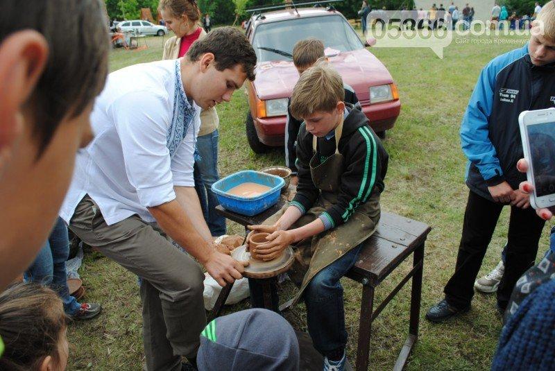 На Международном клубничном фестивале под Кременчугом изобрели новое блюдо - борщ с клубникой (ФОТО), фото-3
