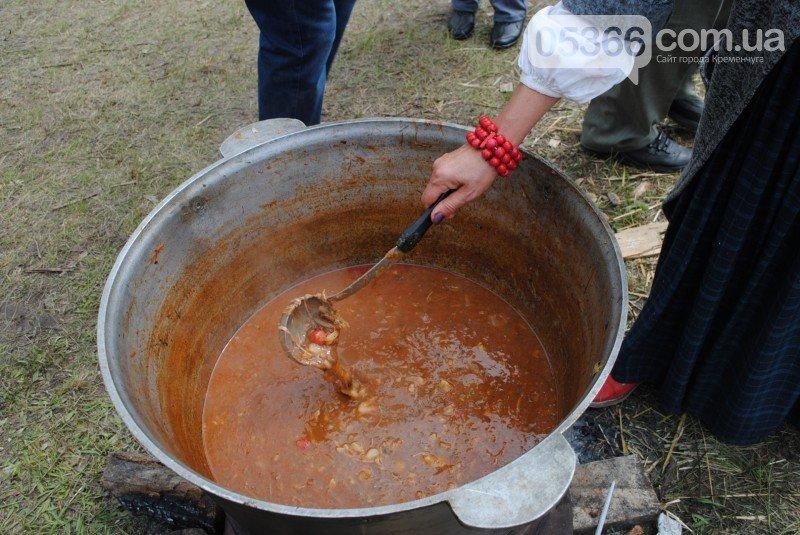 На Международном клубничном фестивале под Кременчугом изобрели новое блюдо - борщ с клубникой (ФОТО), фото-6