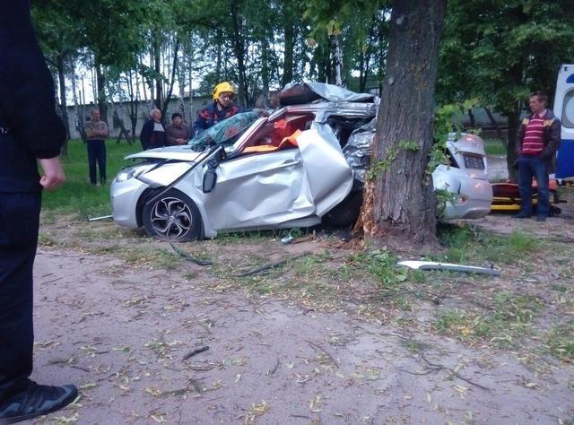 В ДТП на Кольцевой в Чернигове погибло два парня, фото-3