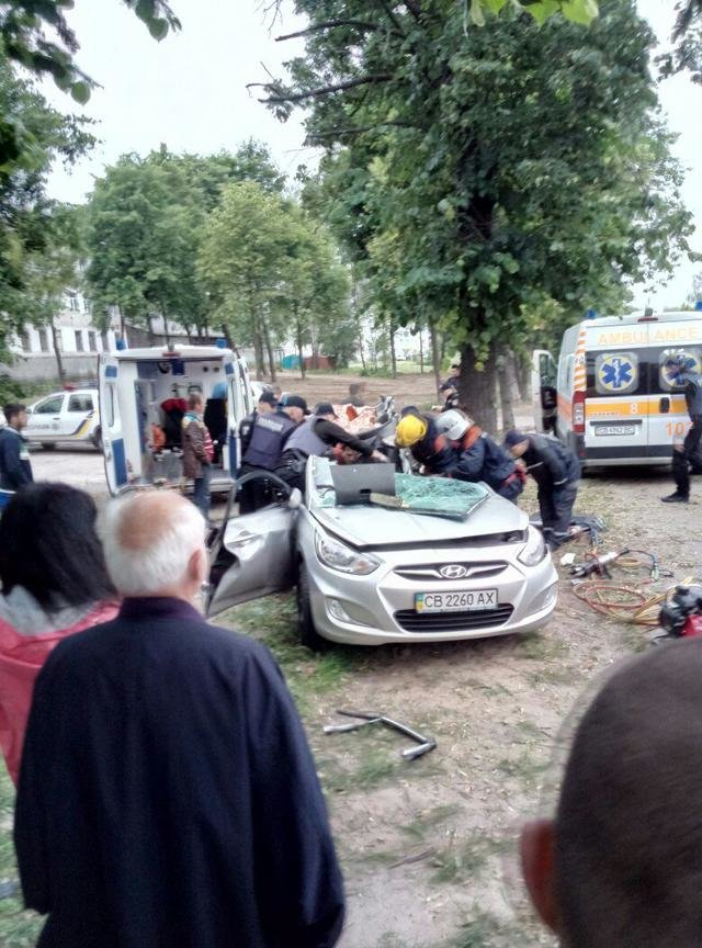 В ДТП на Кольцевой в Чернигове погибло два парня, фото-1