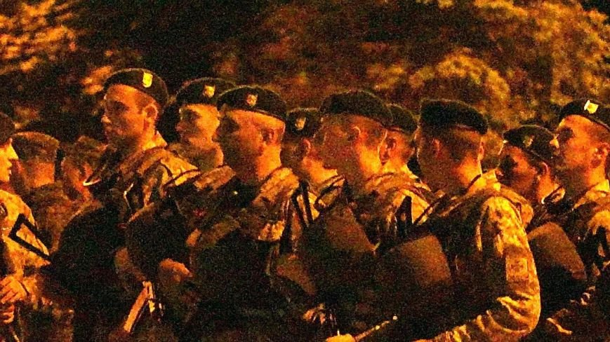 В Мариуполе военные ночью репетировали встречу с Олегом Ляшко и Арсеном Аваковым (ФОТО), фото-5