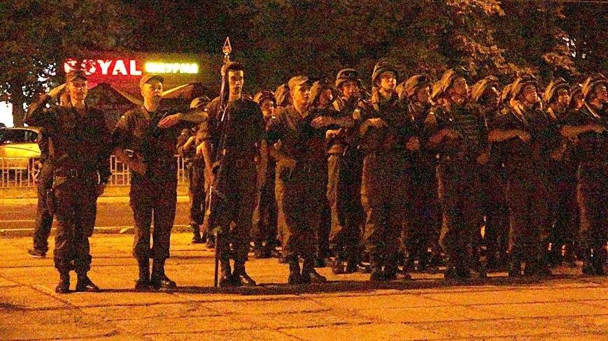 В Мариуполе военные ночью репетировали встречу с Олегом Ляшко и Арсеном Аваковым (ФОТО), фото-1