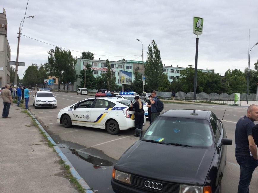 Сегодня в Херсоне авто с днепропетровскими номерами преследовали пять полицейских машин (фото), фото-1