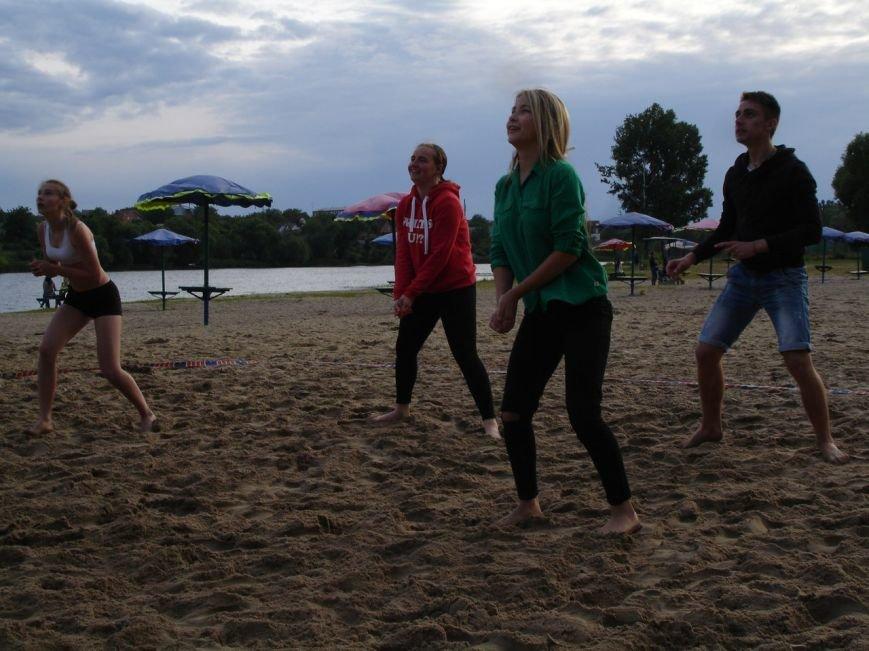 Турнір з пляжного волейболу: фінал вже близько, фото-2