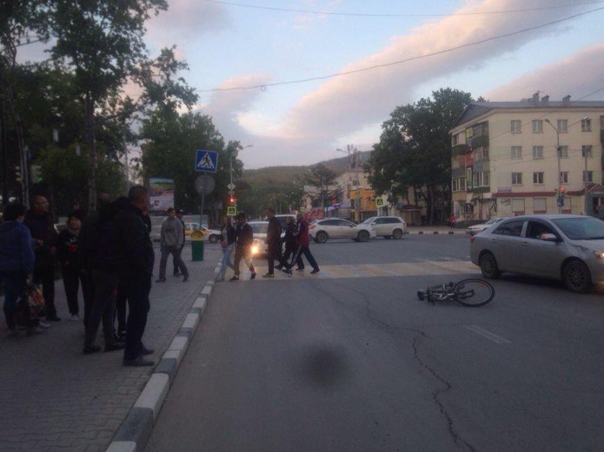 Велосипедист пострадал в ДТП в Южно-Сахалинске, фото-5