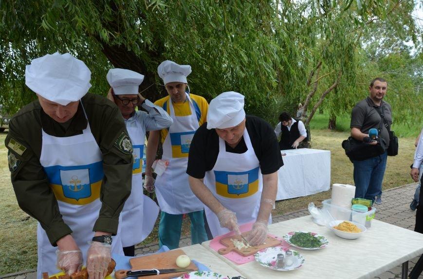 Аваков, Тарута, Аброськин и Троян сварили гороховый суп для мариупольцев (ФОТО+ВИДЕО), фото-13