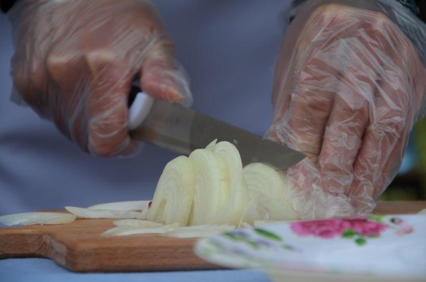 Аваков, Тарута, Аброськин и Троян сварили гороховый суп для мариупольцев (ФОТО+ВИДЕО), фото-2