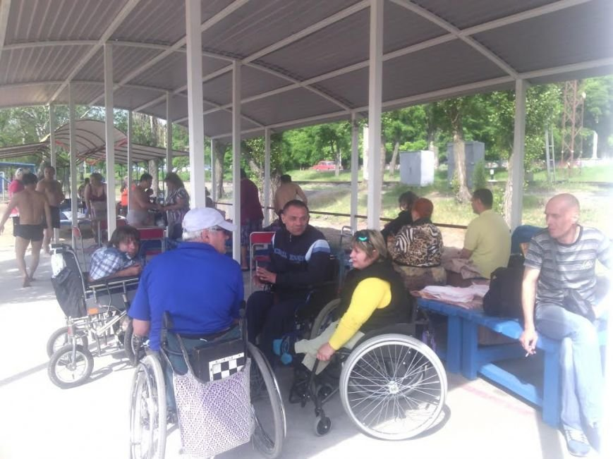В Мариуполе открылся пляж для людей с особыми потребностями (ФОТО), фото-3