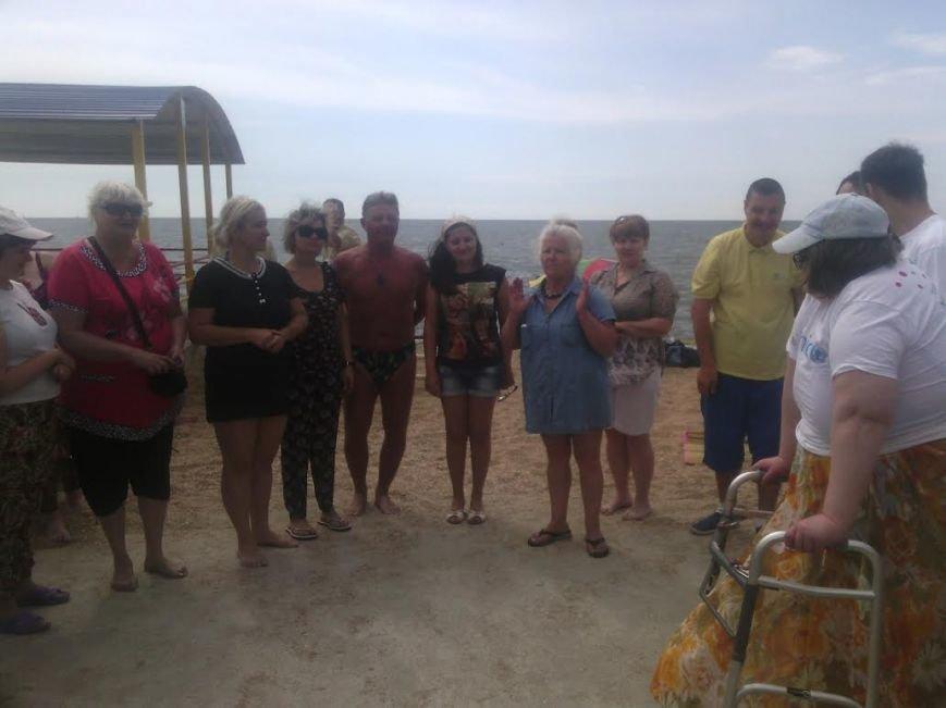В Мариуполе открылся пляж для людей с особыми потребностями (ФОТО), фото-6