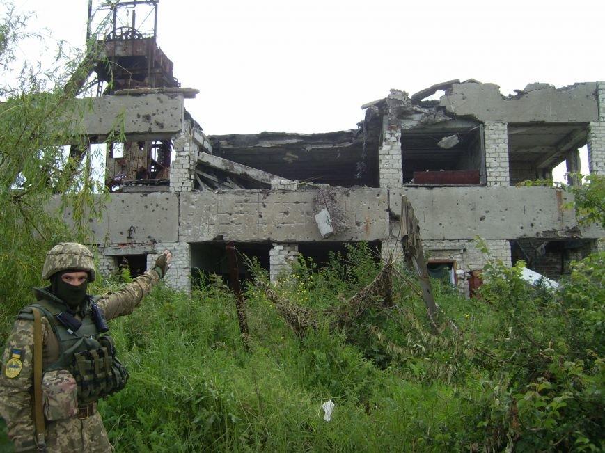 Авдеевка вновь содрогалась под ударами артиллерии (ФОТО), фото-2