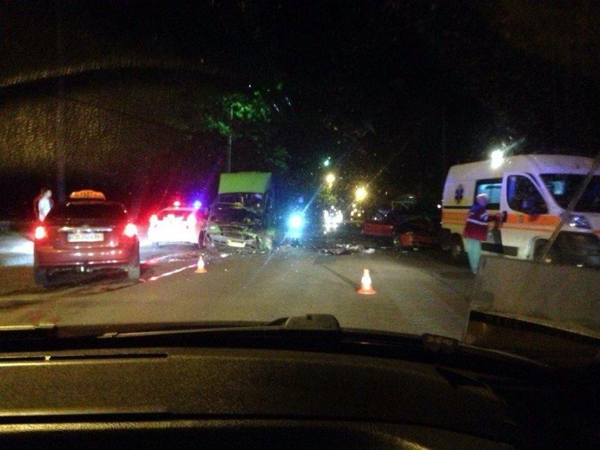 В страшном ДТП возле Яловщины сильно пострадал мужчина, фото-1