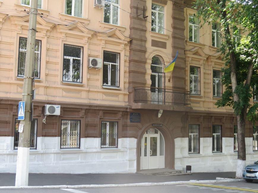 Улица Греческая: два года после освобождения Мариуполя (ФОТОРЕПОРТАЖ), фото-6