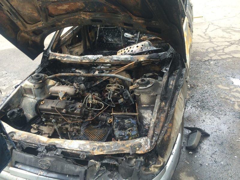 В Дружковке подожгли автомобиль, фото-2