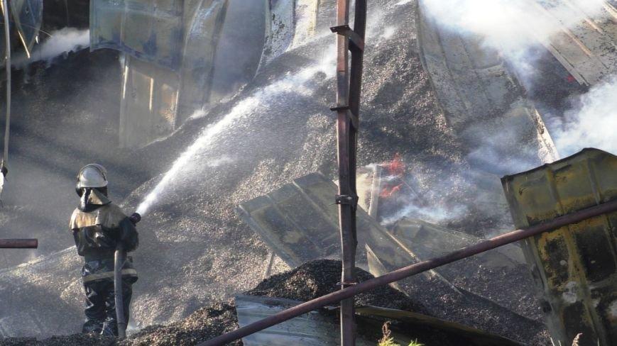 Нежинский жирокомбинат тушило 16 спасателей, фото-6