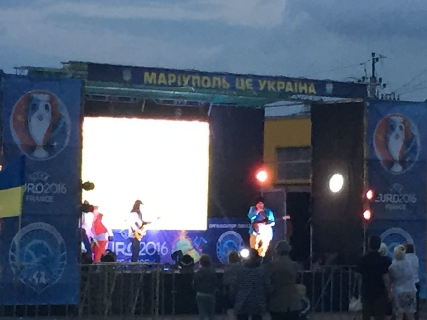 Федерация Футбола Мариуполя открыла 12 июня фан-зону на авто-площадке возле Амстора на Кирова!, фото-2