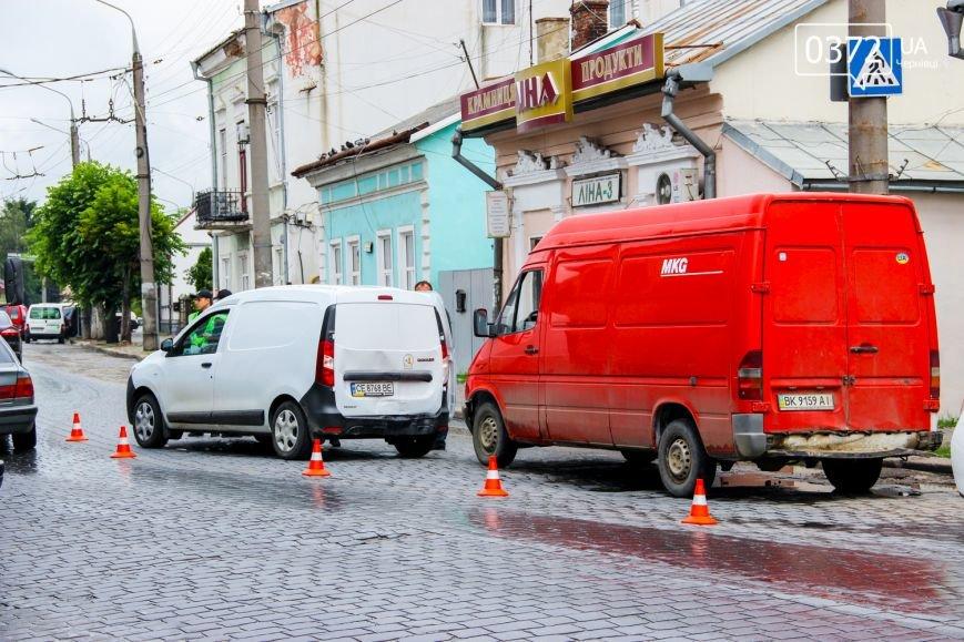 У Чернівцях по вулиці Гагаріна трапилася ДТП, фото-2