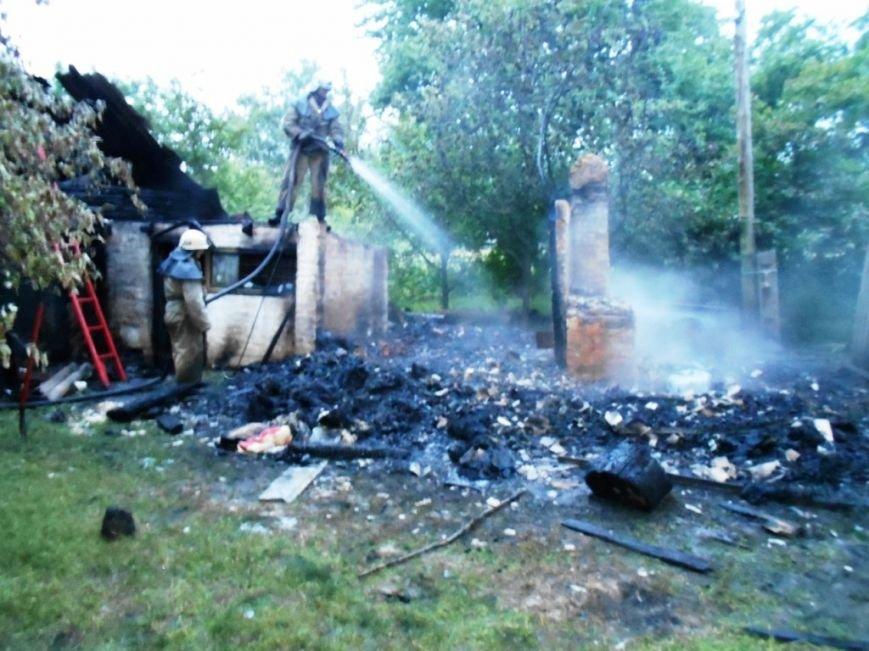 На Черниговщине неосторожная курильщица подожгла баню и себя, фото-1