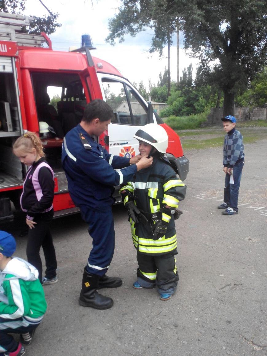 Краматорские спасатели напомнили ребятне о правилах безопасности, фото-4