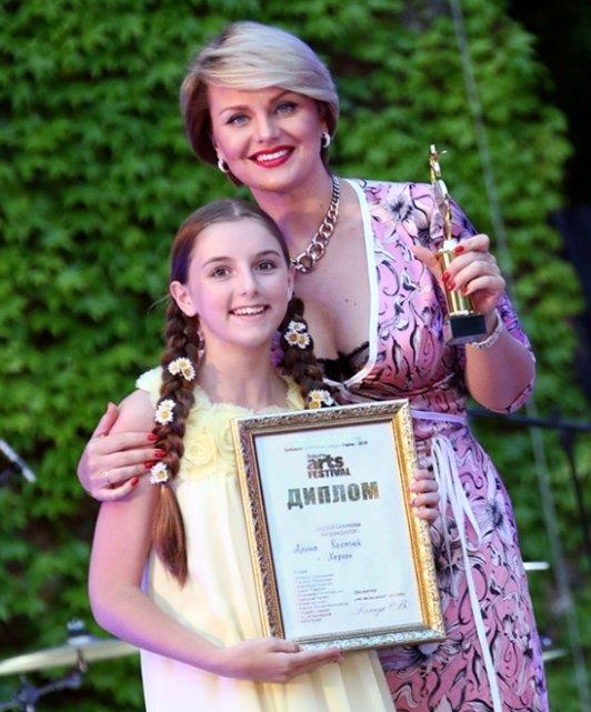 Херсонская вокалистка покорила Болгарию (фото), фото-1
