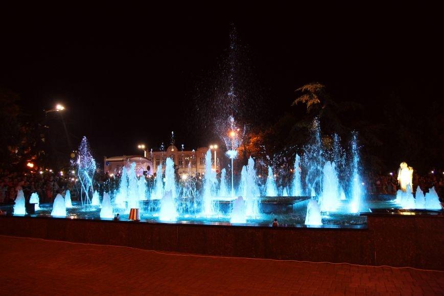 «Монолит» построил в Евпатории первый светомузыкальный фонтан, фото-4