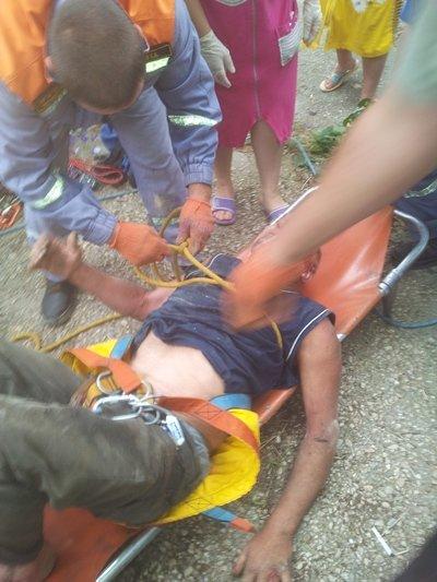 Крымские спасатели вытащили пьяного мужчину из 8-метрового колодца (ФОТО), фото-2