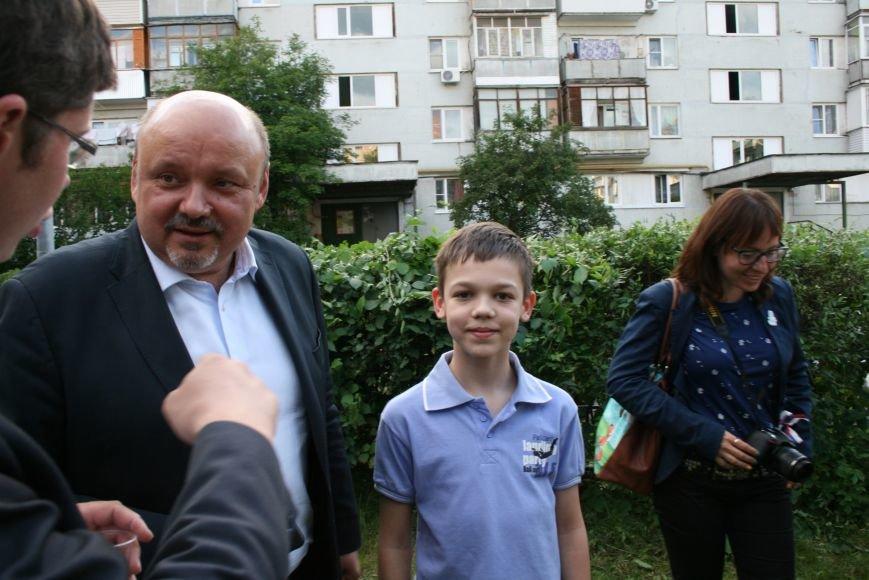 В. Е. Дудочкин обещал разобраться с парковками в Троицке, фото-1