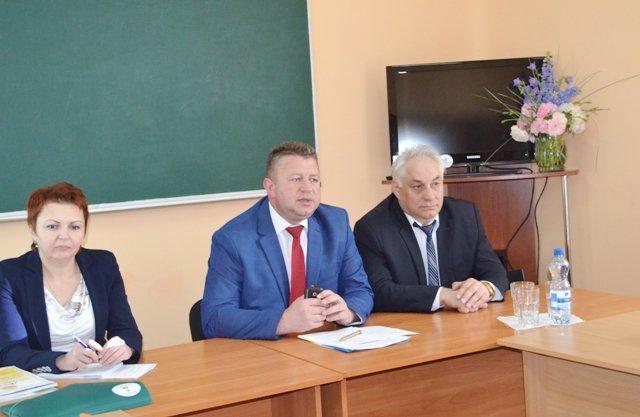 Всеукраїнський педагогічний практикум під назвою «Світ творчості» стартував у Рівному, фото-1