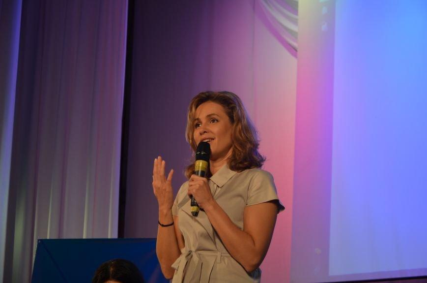 В Мариуполе Наталия Королевская объединила женщин против войны (ФОТО), фото-4