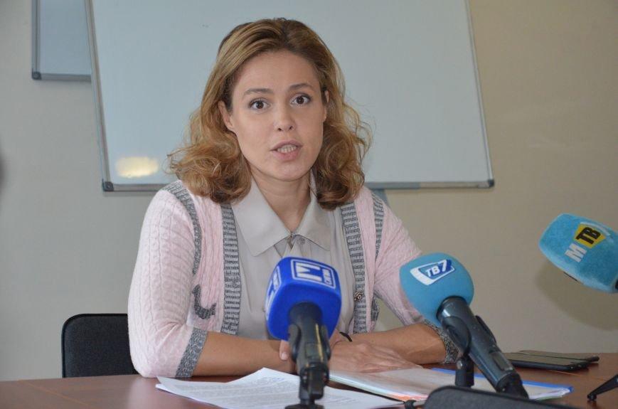 В Мариуполе Наталия Королевская объединила женщин против войны (ФОТО), фото-1