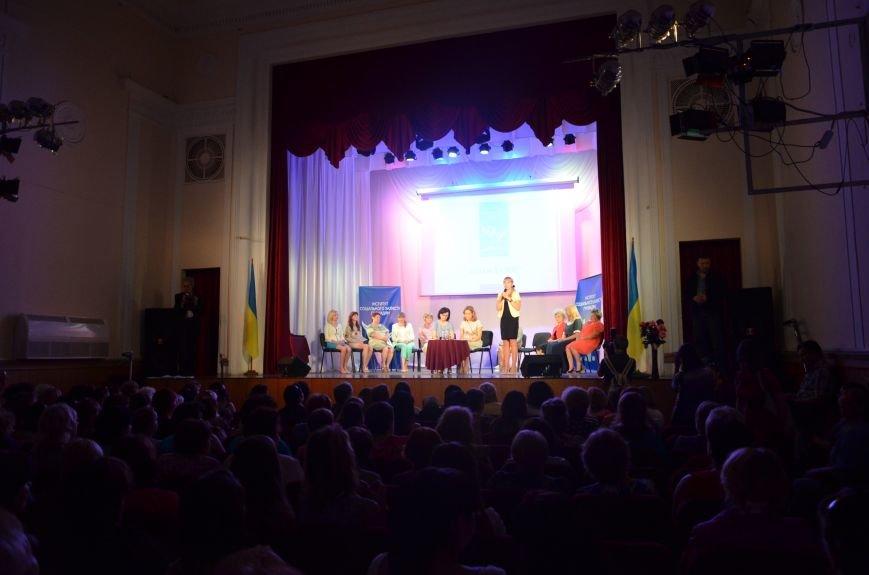 В Мариуполе Наталия Королевская объединила женщин против войны (ФОТО), фото-6