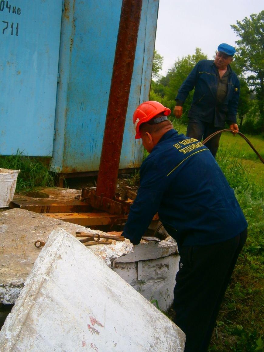 В Доброполье произвели демонтаж-монтаж насоса, фото-1