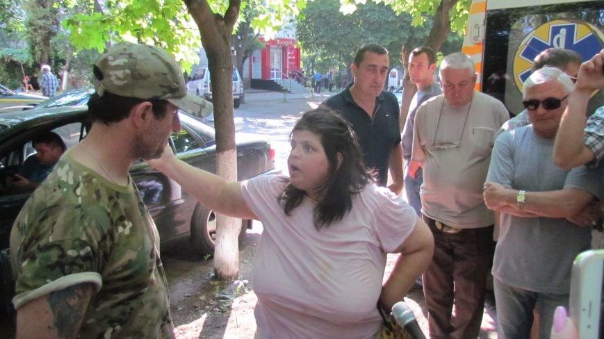 Мужчину с гранатой зовут Вова, - соседка (ФОТО), фото-1