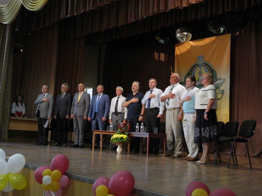В Краматорске появилось 96 новых врачей, фото-1