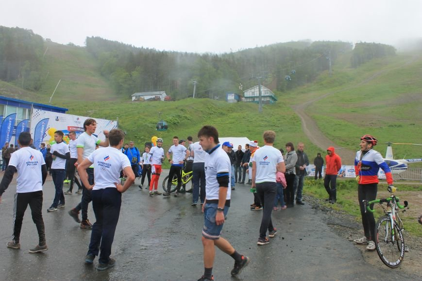 «Олимпийскую милю» пробежали и проехали в Южно-Сахалинске, фото-4