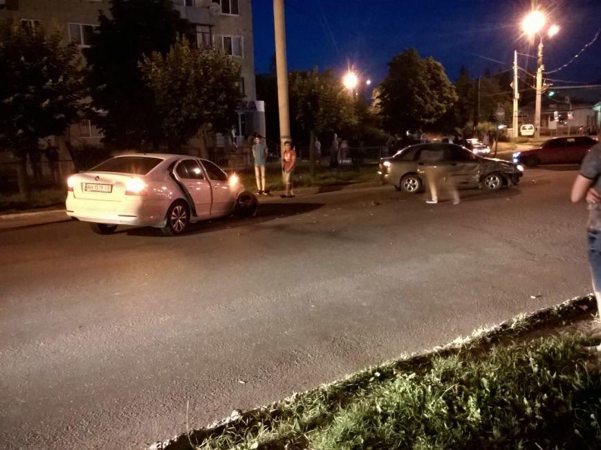 Пьяный водитель устроил аварию в Краматорске, фото-4