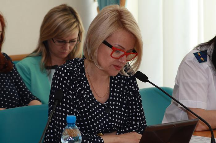 Сахалинские депутаты решали что делать с дополнительными миллиардами, фото-1